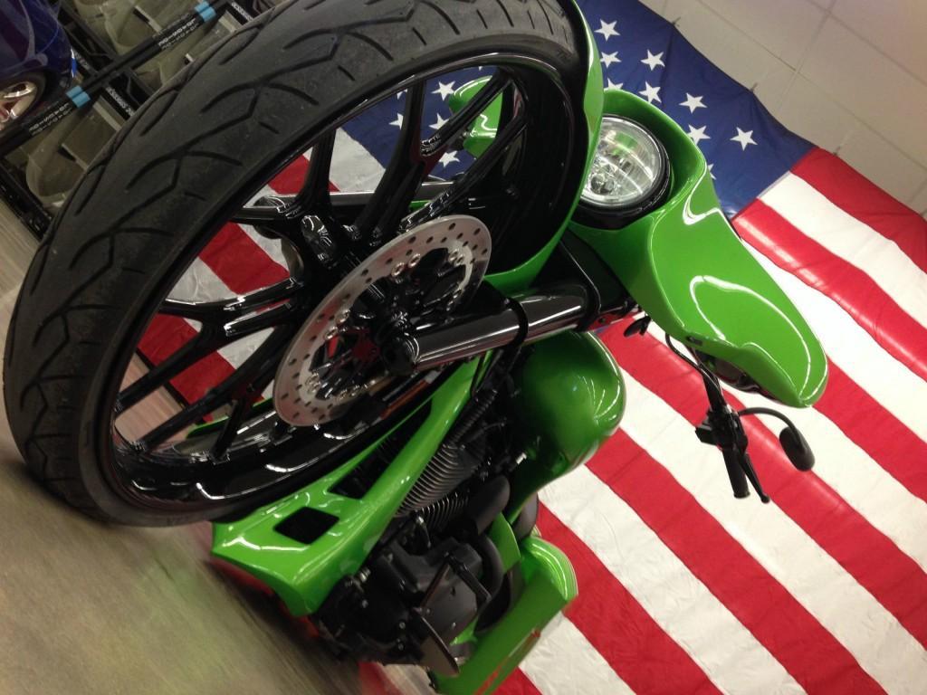 2006 Harley Davidson Street Glide Custom Dodge Viper Themed