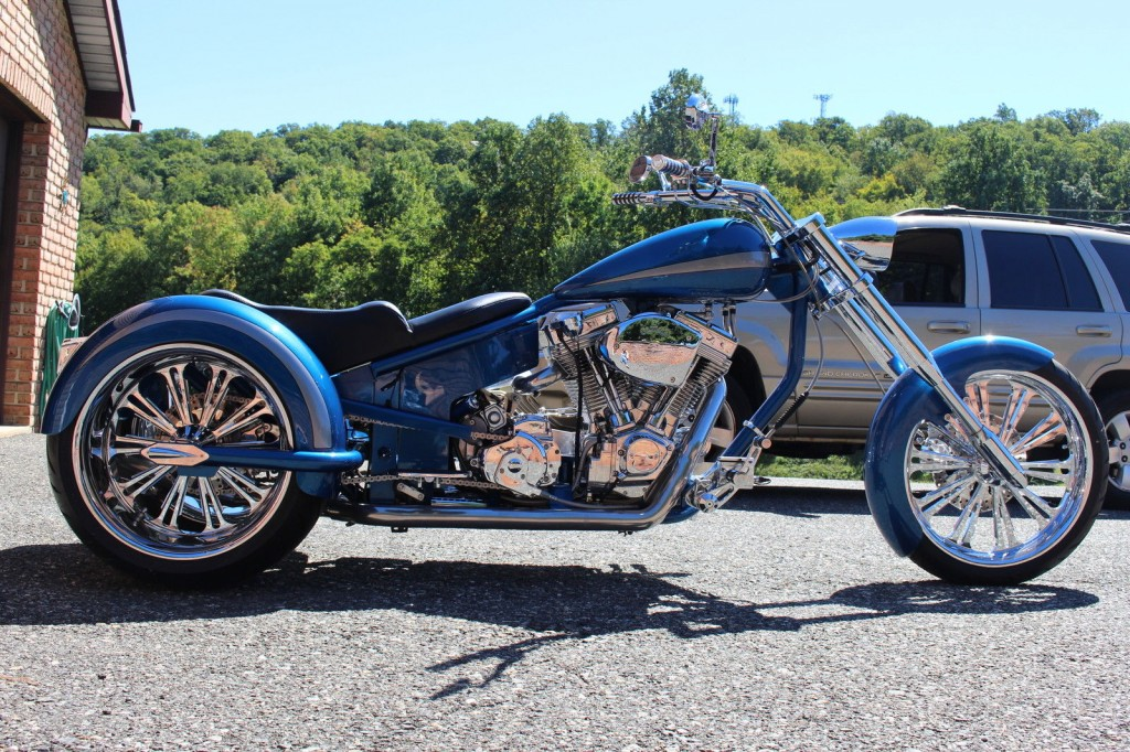 2012 CUSTOM SHOW TRIKE ULTIMA 113 DRIVE LINE RIGHT SIDE DRIVE HARLEY DAVIDSON