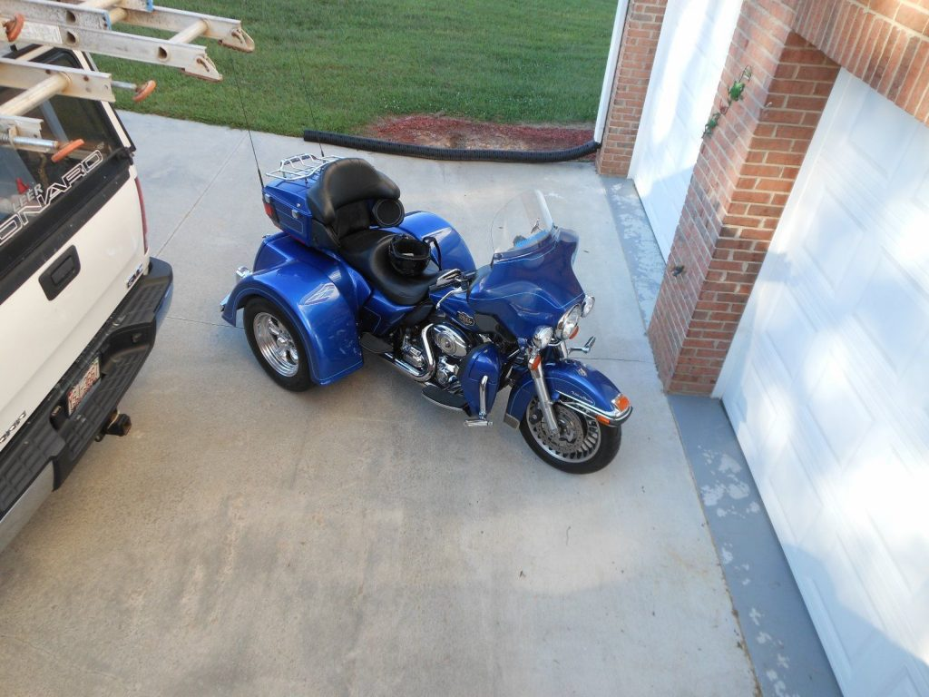 2010 Custom Built Motorcycles – LIKE NEW CONDITION